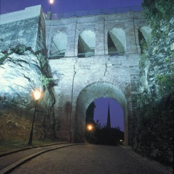 pont_casemates_by_night
