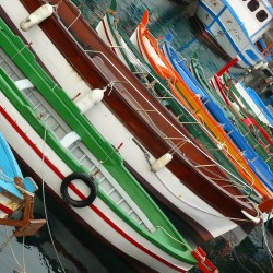 traditional Sicilian boats